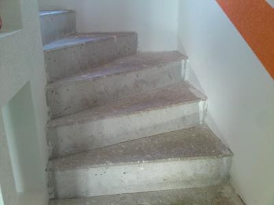 Hausbau isorast - Treppe fliesen kante ...